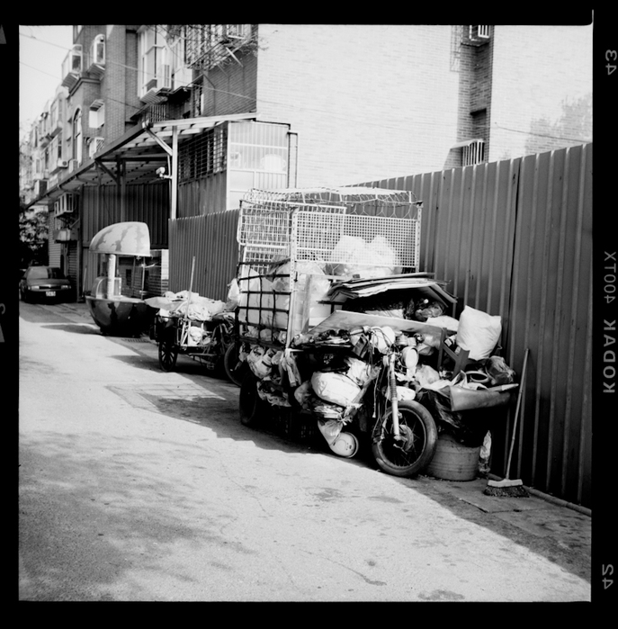 taipei back alley